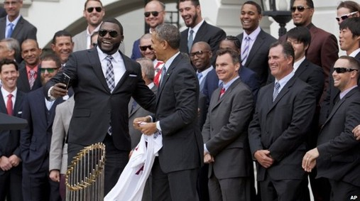 Selfie David Ortiz and Barak Obama